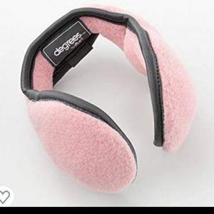 LITTLE GIRL'S EAR-WARMERS